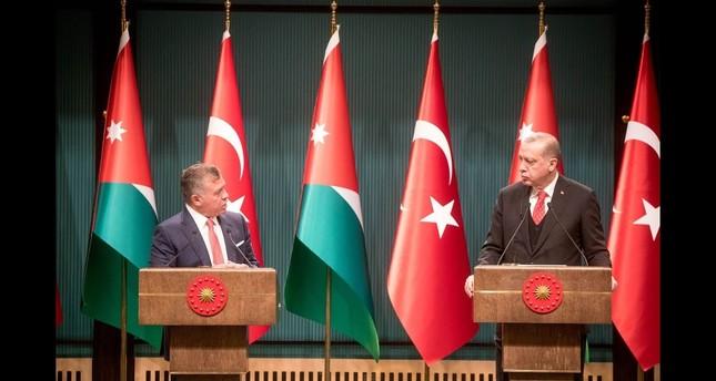 أردوغان يؤكد للملك عبد الله إيلاء بلاده أهمية كبيرة لوحدة الأردن وازدهاره
