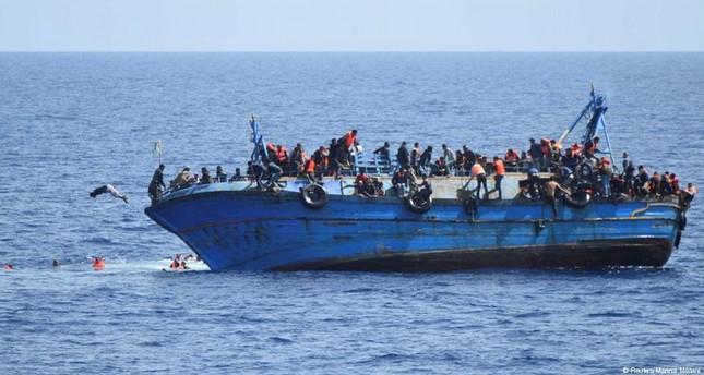 إيطاليا تعيد عشرات المهاجرين عبر البحر إلى ليبيا