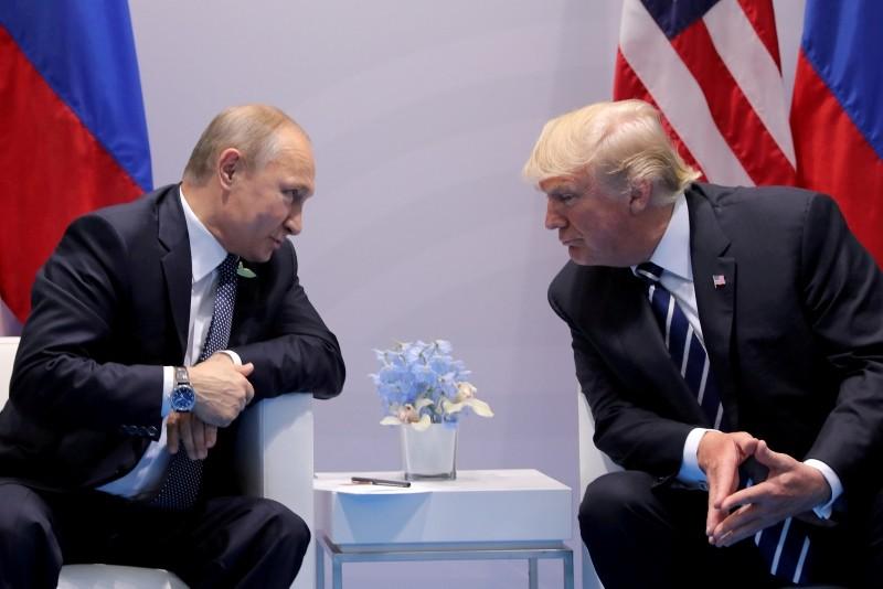 Russia's President Vladimir Putin talks to U.S. President Donald Trump during their bilateral meeting at the G20 summit in Hamburg, Germany, July 7, 2017. (Reuters Photo)