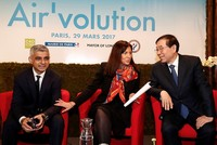 The mayors of Paris, London and Seoul on Wednesday launched an initiative to rate the most polluting vehicles in a bid to keep them off the roads of their cities.  The aim of the