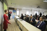 تدريب خبراء من 15 دولة إفريقية في مقر مديرية الأرصاد الجوية بأنقرة (الأناضول)