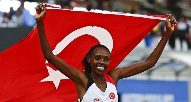 التركية جان تفوز بذهبية سباق 5 آلاف متر ببطولة أوروبا لألعاب القوى