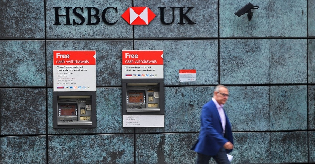 The British banking giant HSBC moved some staff from London to its Paris subsidiary in case of a no-deal Brexit.