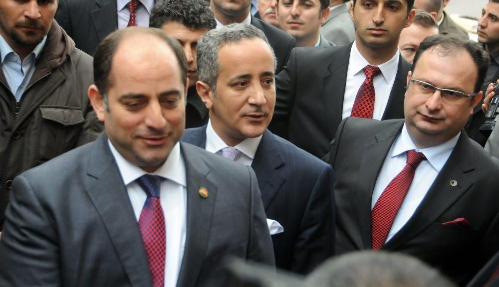 Zekeriya u00d6z, Fikret Seu00e7en and Cihan Kansu0131z, 3 prosecutors linked to FETu00d6 attend an event together in 2011. (Photo: Veli Saru0131bou011fa)