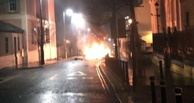 Suspected car bomb reported in Londonderry