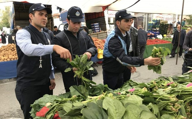 Officials gather spinach samples from markets for analysis in Istanbul, Turkey, Nov. 5, 2019. IHA Photo