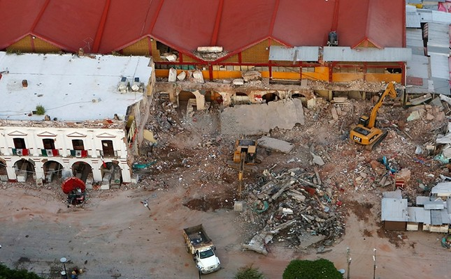 An overview of the municipal building, damaged in an earthquake that struck off the southern coast of Mexico late on Thursday, in Juchitan, Mexico, September 9, 2017. (Reuters Photo)