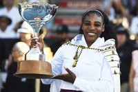 Serena Williams wins first title in three years