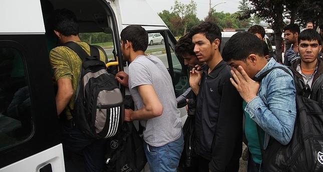 تركيا تعلن ضبط أكثر من ألفي شخص أثناء التسلل من وإلى أراضيها