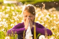 Antacid, antibiotic use during infancy triggers allergies, asthma, study suggests