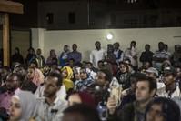 جانب من الحضور في المحاضرة المخصصة للتعريف بالمنح الدراسية الجامعية في تركيا الأناضول