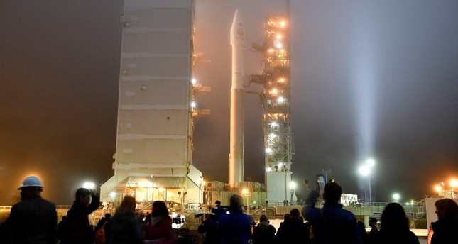 Heavy fog rolls in during tower rollback of a United Launch Alliance Atlas V rocket with InSight Mars lander onboard before lifting off from Vandenberg Air Force base in California (Reuters Photo)