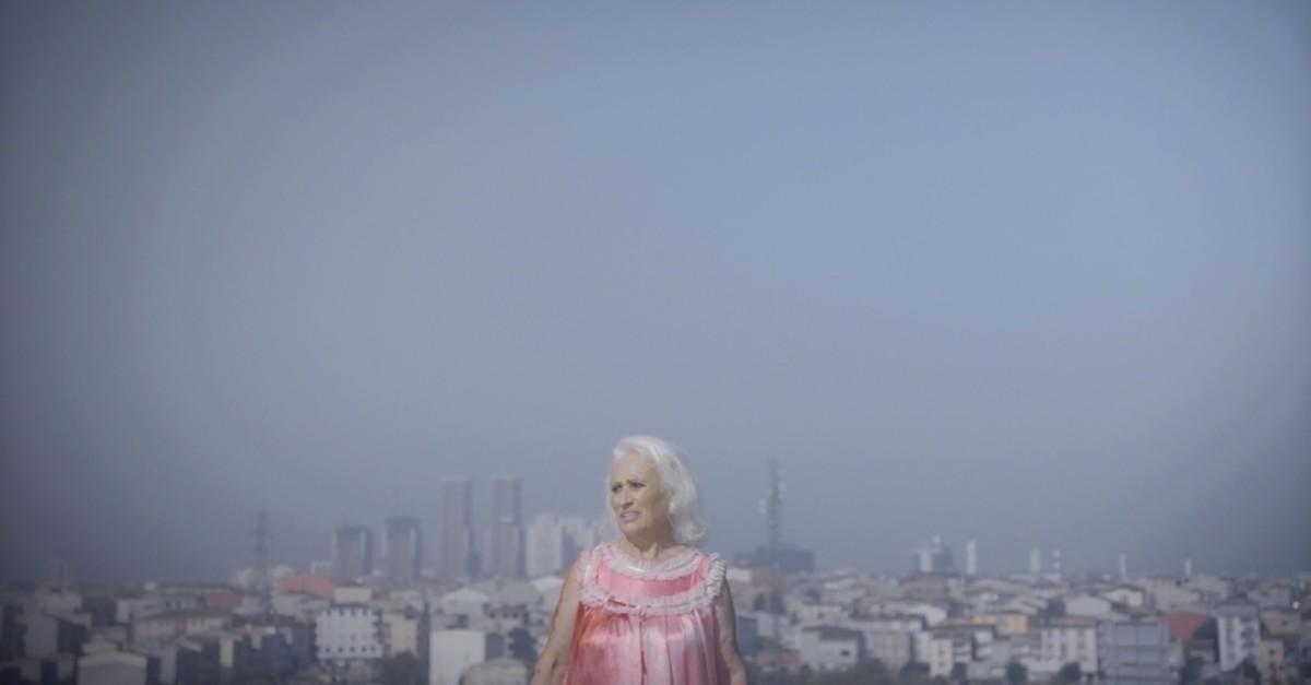 Still from the short film ,Nedret Bugu00fcn Kaybolur, (,Nedret Gets Lost for a Day,), directed by Berrak u00c7olak.