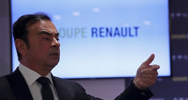 Carlos Ghosn, Chairman and CEO of Renault, speaks during the French carmaker Renault's 2017 annual results presentation at their headquarters in Boulogne-Billancourt, February 16, 2018. (REUTERS Photo)