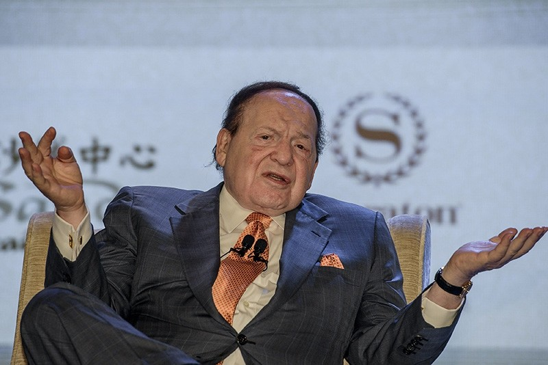 Las Vegas casino boss Sheldon Adelson gestures during press conference in Macau on September 20, 2012. (AFP Photo)
