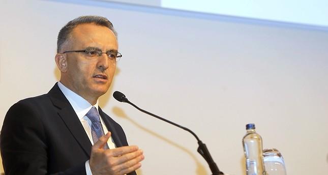 وزير المالية التركي ناجي آغبال (الأناضول)