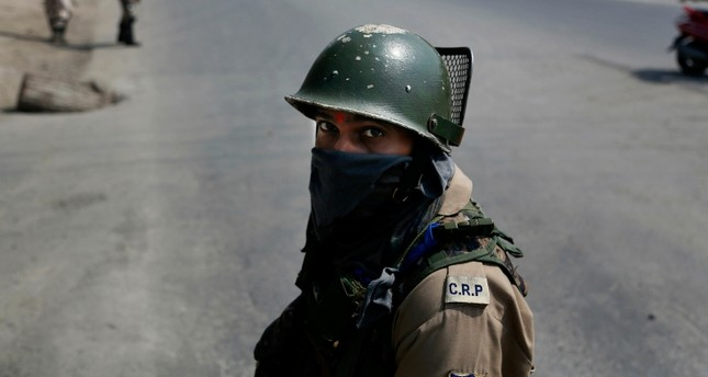 جندي هندي في إقليم كشمير المتنازع عليه مع باكستان AP
