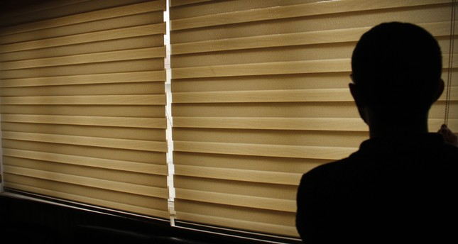 Turkish inventor produces electricity with window shade