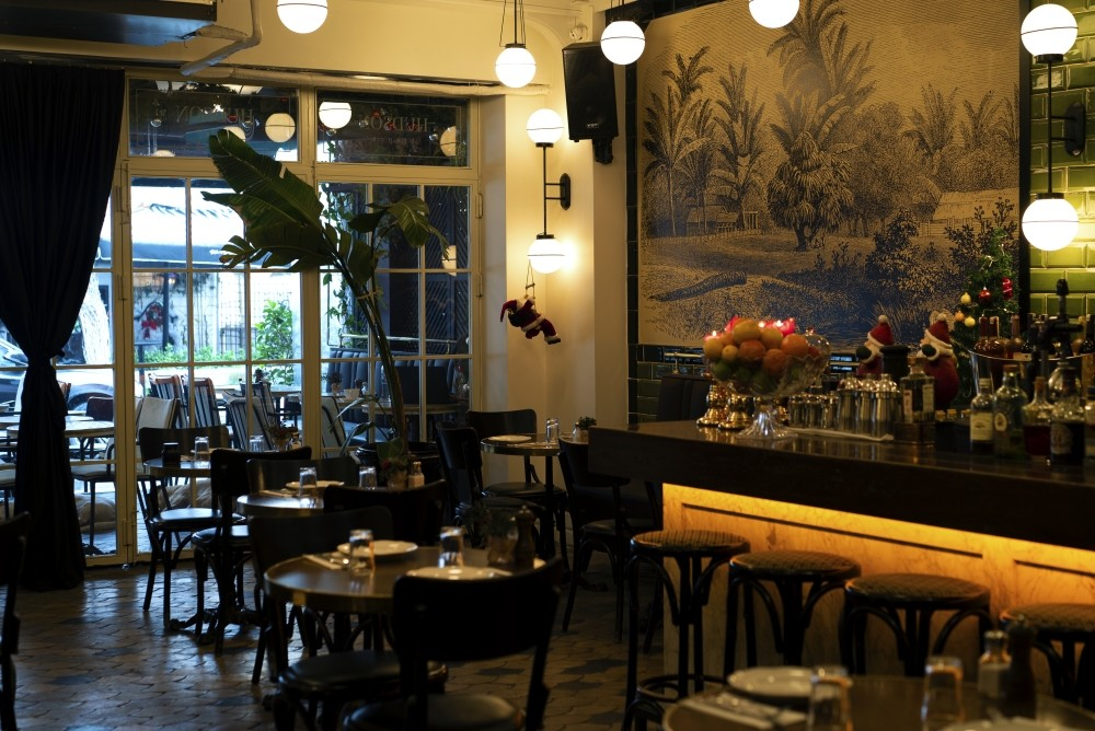 Opening its doors two years ago and acquiring its regular guests quickly, the Hudson continues its journey of flavors under its new chef.