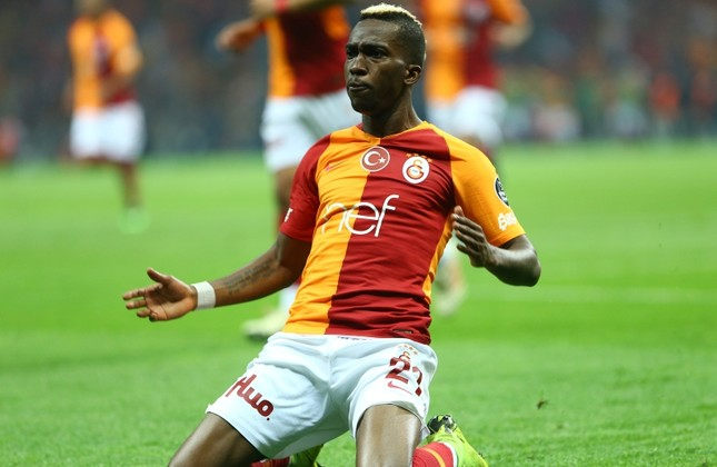 Nigerian midfielder Henry Onyekuru celebrates his 64th minute goal in Week 33 match against Istanbul side Başakşehir, helping Galatasaray to defeat their closest rival 2-1 and clinch the league title, on May 19, 2019. Photo: Sabah/Mustafa Nacar