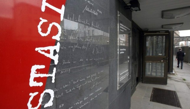 This file photo taken on Nov. 7, 2006, shows the entrance of the documentation center of the former East Germany's Ministry for State Security, better known by its acronym STASI, in Berlin. (AFP Photo)