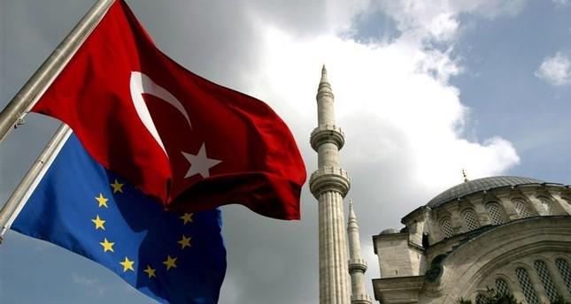 وزراء خارجية الاتحاد الأوروبي يؤكدون ضرورة متابعة الحوار مع تركيا