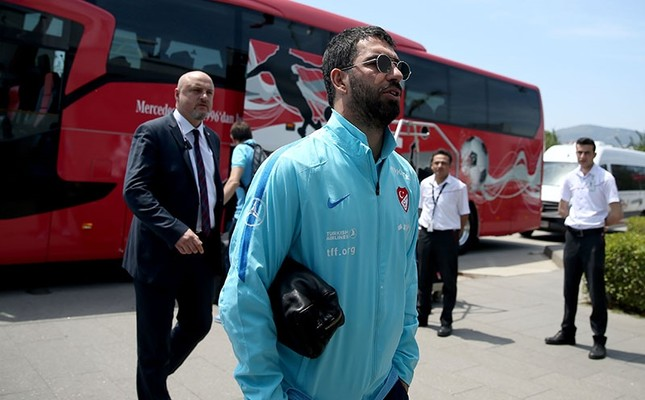 Arda turan ends turkish football team career after being for Arda turkish cuisine