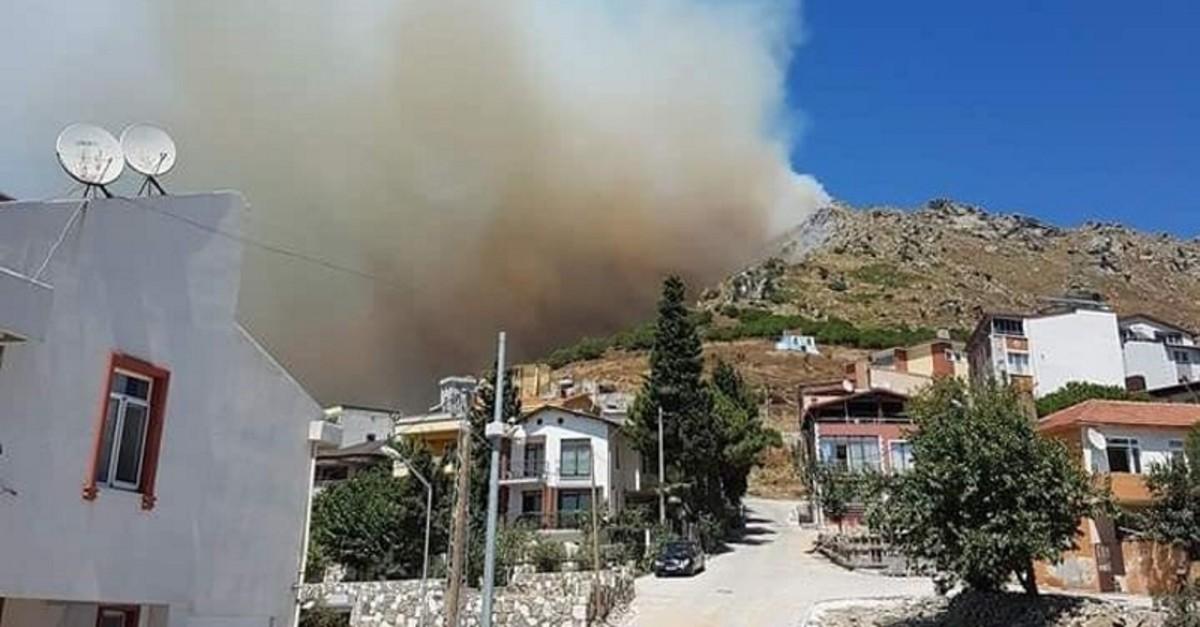 Photo shows smoke from a wildfire on Marmara Island of western Balu0131kesir province on Aug. 12, 2019. (DHA Photo)