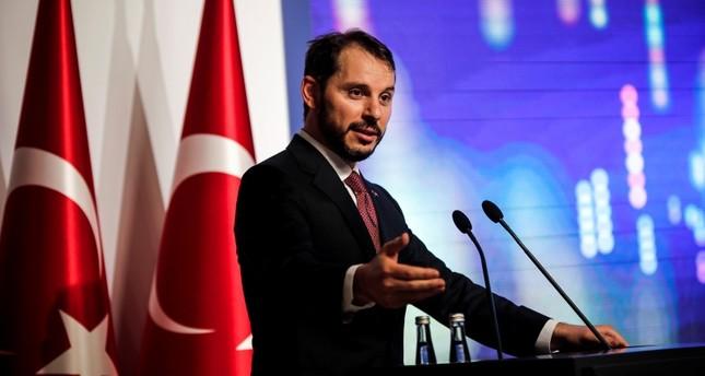 وزير الخزانة والمالية التركي يعقد اجتماعاً مع 1000 مستثمر أجنبي