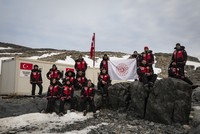 Turkish scientists set up research base in Antarctica
