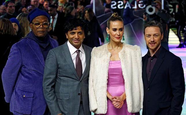 Actors Samuel L. Jackson, Sarah Paulson, James McAvoy and director M. Night Shyamalan attend the European premiere of Glass in London, Britain, Jan. 9, 2019 (Reuters Photo)