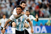 Argentina scrapes into World Cup last 16 with dramatic 2-1 win over Nigeria