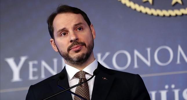 وزير المالية التركي يتوقع تراجعاً حاداً للتضخم في الشهور القادمة