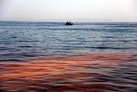 Sea of Marmara turns orange due to natural phenomenon