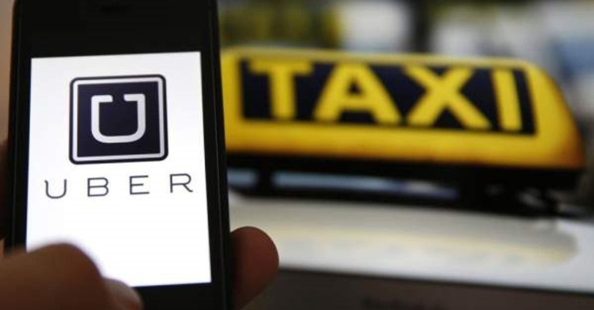 An Istanbul court decided to ban access to Uber's mobile application, ruling that it causes unfair competition with taxi services.