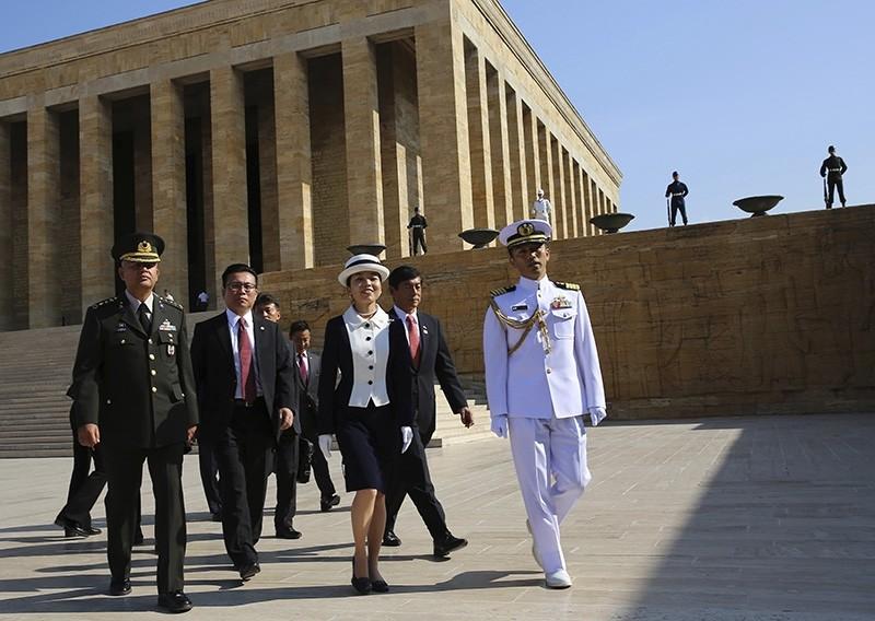 Japan's Princess Akiko (C) walks at the mausoleum of modern Turkey's founder Mustafa Kemal Ataturk in Ankara, Turkey, after laying a wreath, Monday, Sept. 10, 2018. (AP Photo)