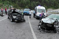 Traffic accident death toll mounts to 98 in 9 days of Eid holiday