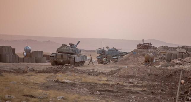 Turkish tanks hit Daesh targets multiple times in the Bashiqa region on Sunday.