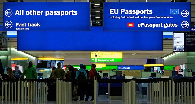 A general view of the U.K. Border crossing in the new Terminal 2 at Heathrow Airport in London, U.K., June 4, 2014. (EPA Photo)