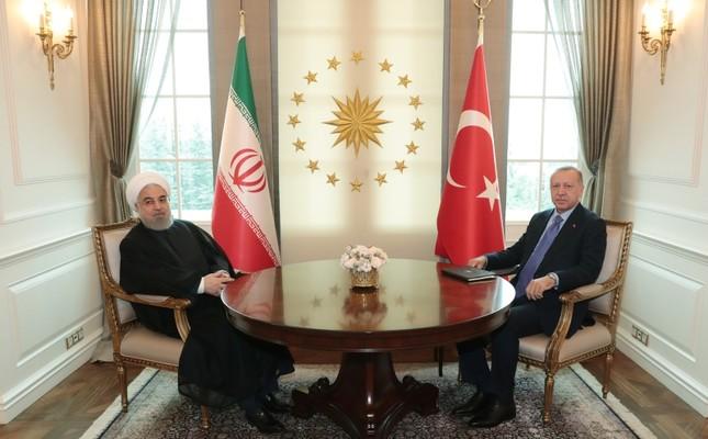 President Recep Tayyip Erdoğan (R) and Iranian President Hassan Rouhani (L) pose before their meeting at the Presidential Palace in Ankara on September 16, 2019. (Presidential Photo Service / Murat Çetinmühürdar via AA)