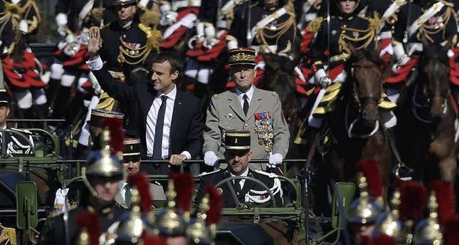 استقالة رئيس الأركان الفرنسي احتجاجاً على خفض الإنفاق العسكري --1500455491446
