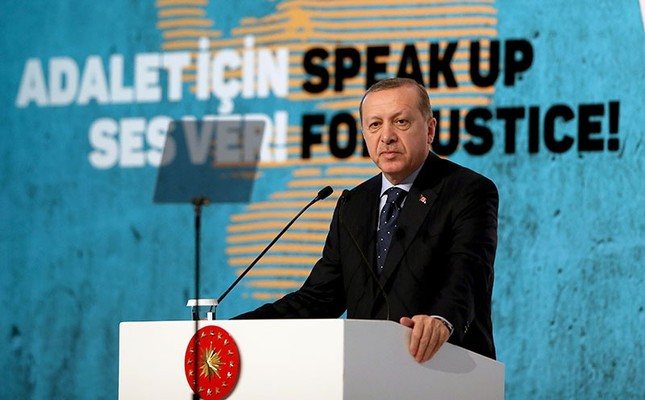 Erdoğan says Turkey will open gates to Europe for refugees if Europe goes too far
