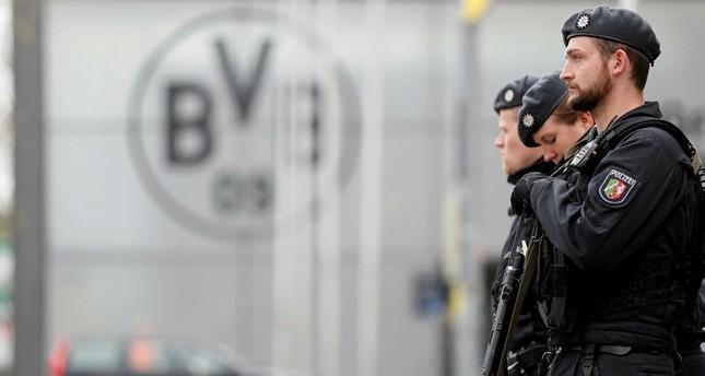 اليويفا يرفع إجراءات الأمن حول الملاعب عقب تفجيرات دورتموند