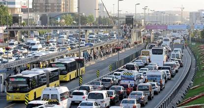p99.260 neue Fahrzeuge wurden im April in der Türkei zugelassen. Das ist ungefähr 7,2 Prozent weniger gegenüber dem gleichen Monat im vergangenen Jahr, so das Türkische Statistikinstitut...