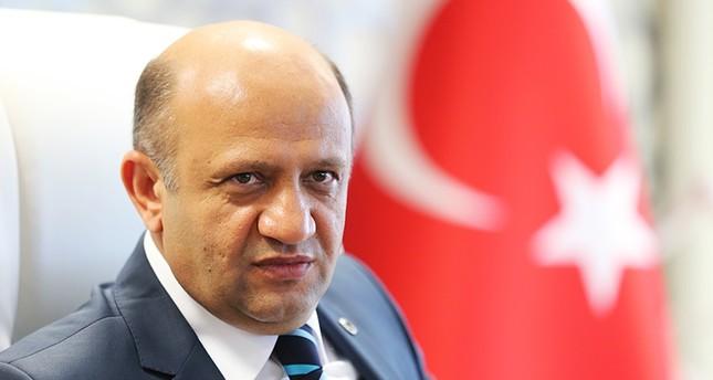 تركيا: قوات المشاة التركية لن تدخل سوريا الآن.. وسنواصل دعم الجيش الحر