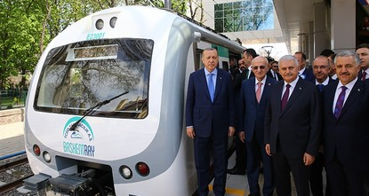 Ankara's revamped suburban rail line Başkentray enters into service