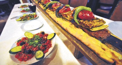 pThe numberb /bof tourists who come to taste Turkish dishes has increased in recent years, according to Gökhan Tufan, the chairman of All Cooks and Confectioners Confederation...