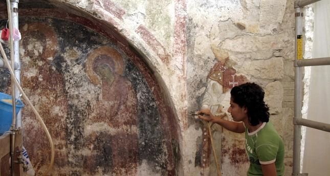 Archäologen: Grab von St. Nikolas könnte unter Kirche in Antalya liegen
