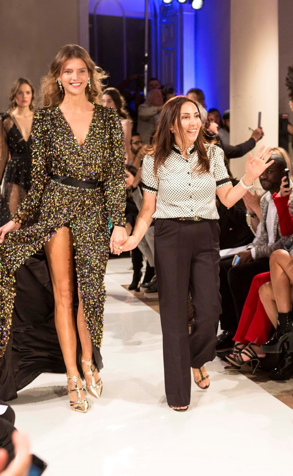 Sleek And Chic Turkish Designer Conquers The Fashion World Daily Sabah