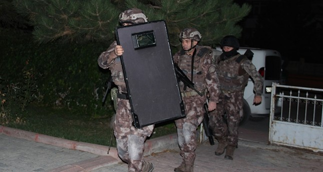 Special Operations squads raiding homes of FETÖ-linked suspects in Turkey's Konya province Tuesday Oct. 10, 2017  AA Photo